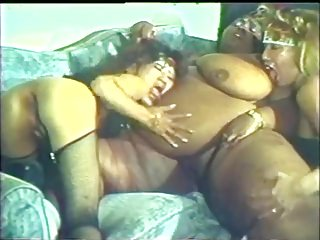 Interracial Lesbian Threesome