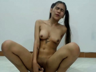 Perfect Shaved Cammodel..