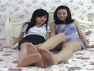 Chinese Girl's Nylon Feet 01